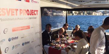 Şebnem Yat Kiralama Teknede İş Yemeği